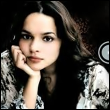 Norah Jones 2002 – The Long Day Is Over lyrics